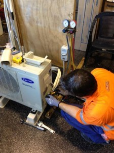 Students working at our Adelaide air conditioning course